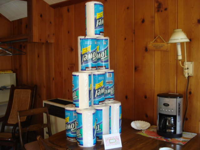 Paper towel tower